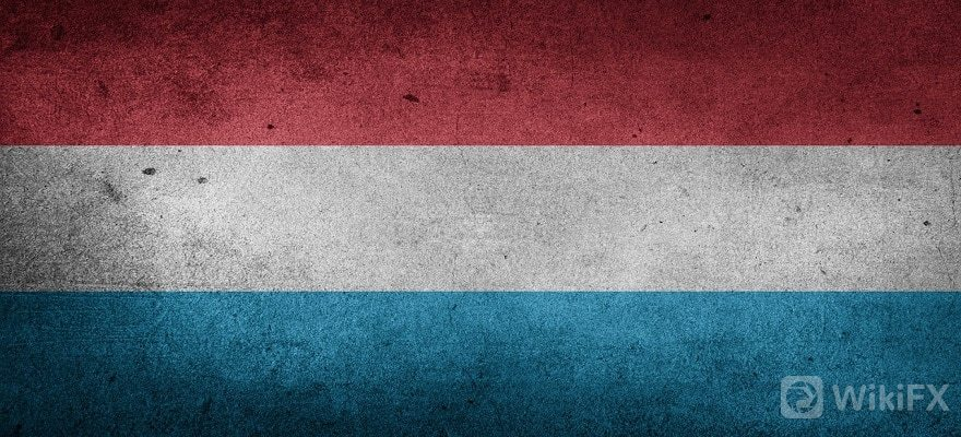 卢森堡国旗.jpg